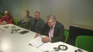 Ondertekening contract etagerekken